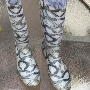 Coach signature rubber rain boots gray pattern